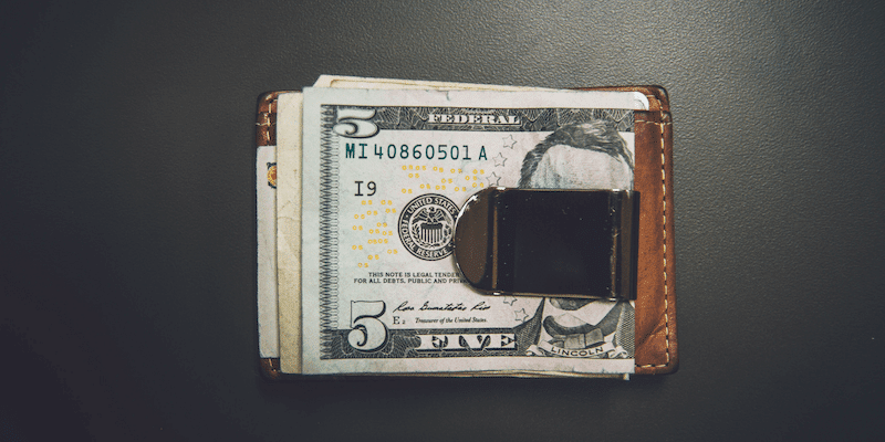 Make money online fast: a money clip with US dollars