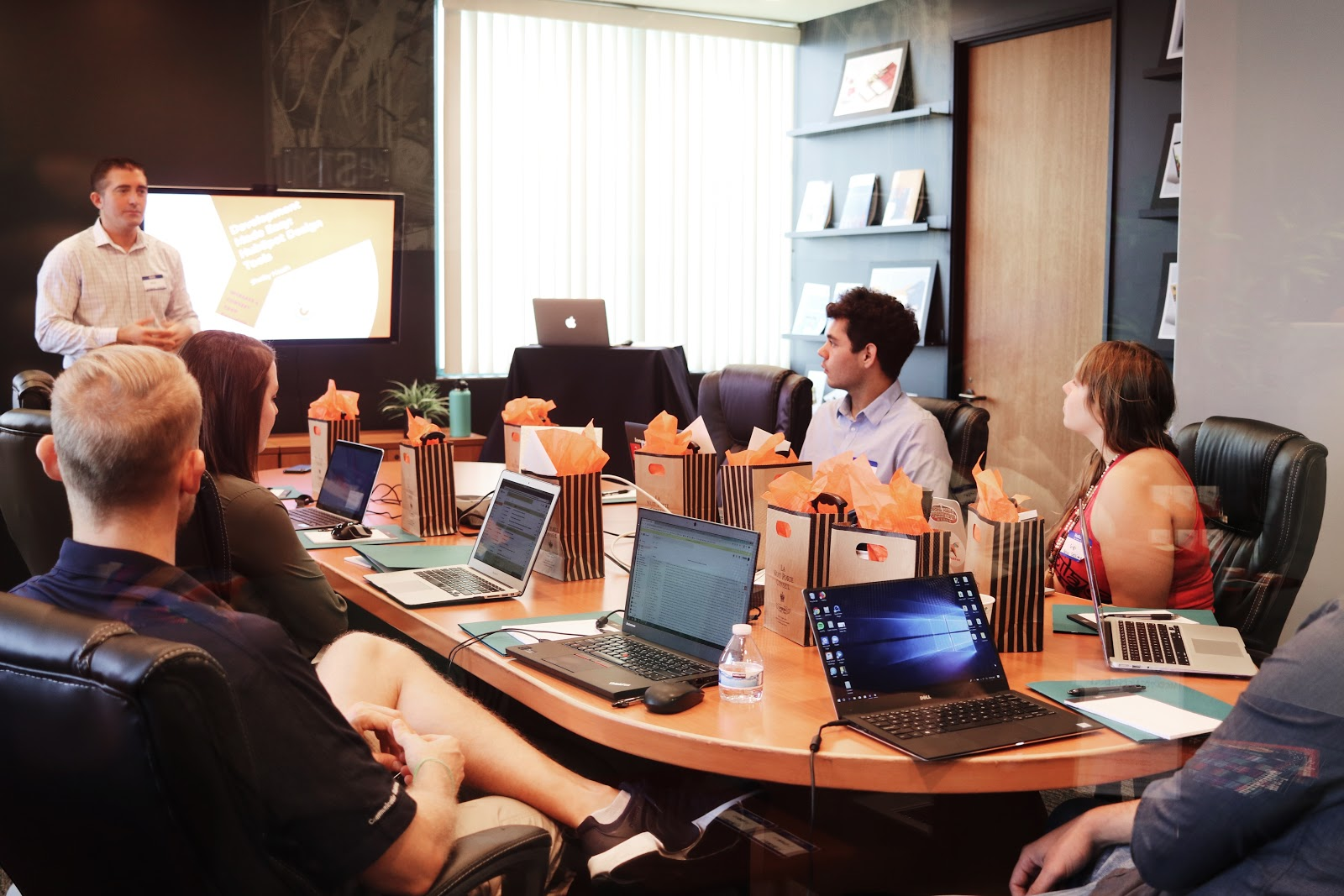 How to start a nonprofit: A board of directors meeting